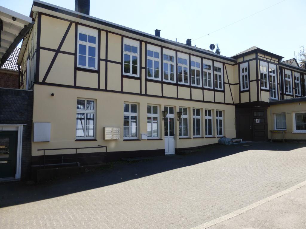 2 zi mietwohnung in d 51643 gummersbach oberbergischer kreis nordrhein westfalen. Black Bedroom Furniture Sets. Home Design Ideas