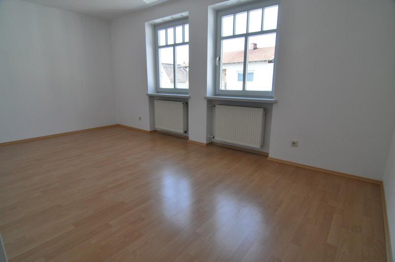 moderne mietwohnung in zentraler lage vr bank immobilien coburg. Black Bedroom Furniture Sets. Home Design Ideas