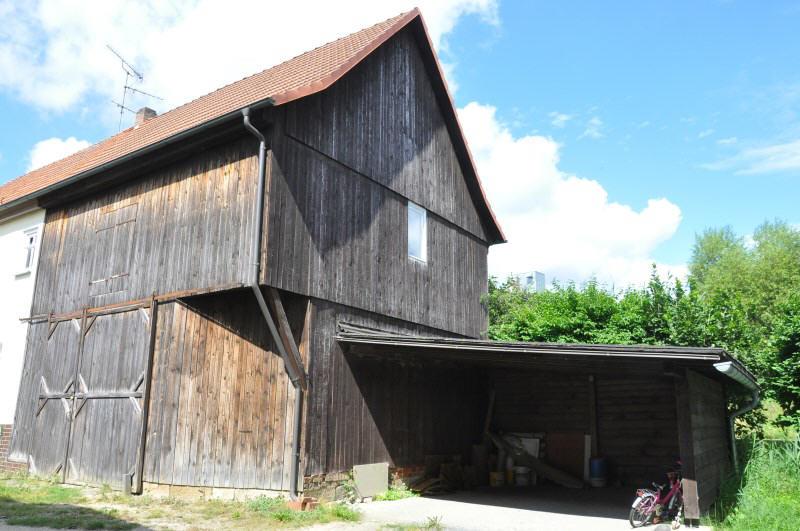 verkauft schn ppchenhaus mit scheune und carport vr bank immobilien coburg. Black Bedroom Furniture Sets. Home Design Ideas