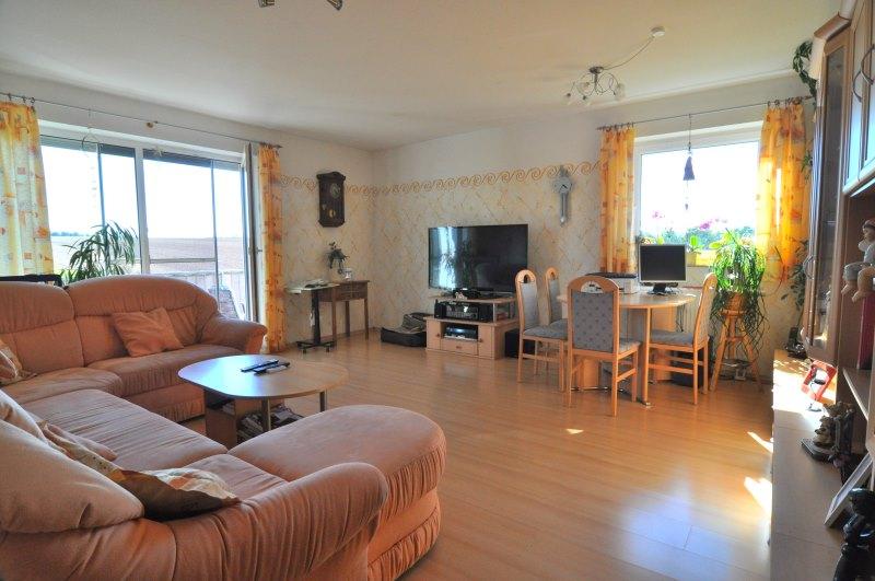 Verkauft moderne wohnung mit tollem blick vr bank for Wohnzimmer coburg