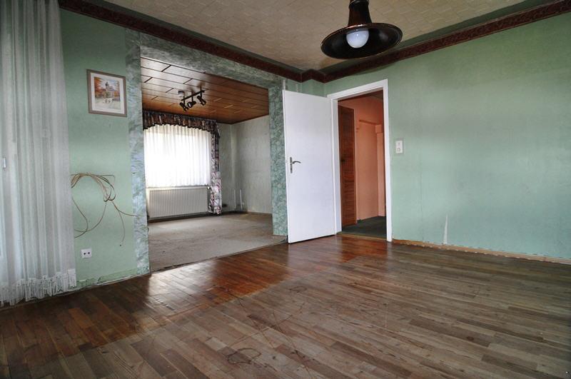 verkauft ein zweifamilienwohnhaus in ahorn vr bank immobilien coburg. Black Bedroom Furniture Sets. Home Design Ideas