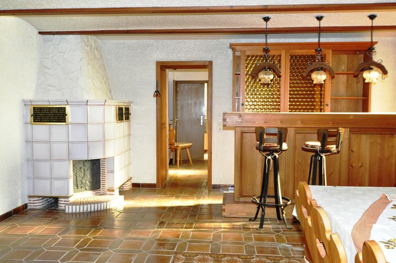 verkauft ger umiges wohnhaus mit scheune vr bank immobilien coburg. Black Bedroom Furniture Sets. Home Design Ideas