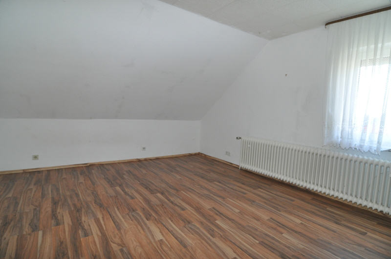 verkauft gro es haus mit potential vr bank immobilien coburg. Black Bedroom Furniture Sets. Home Design Ideas