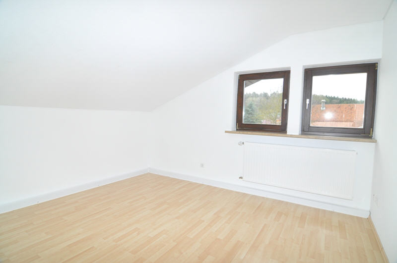 gepflegte mietwohnung in weitramsdorf vr bank immobilien coburg. Black Bedroom Furniture Sets. Home Design Ideas