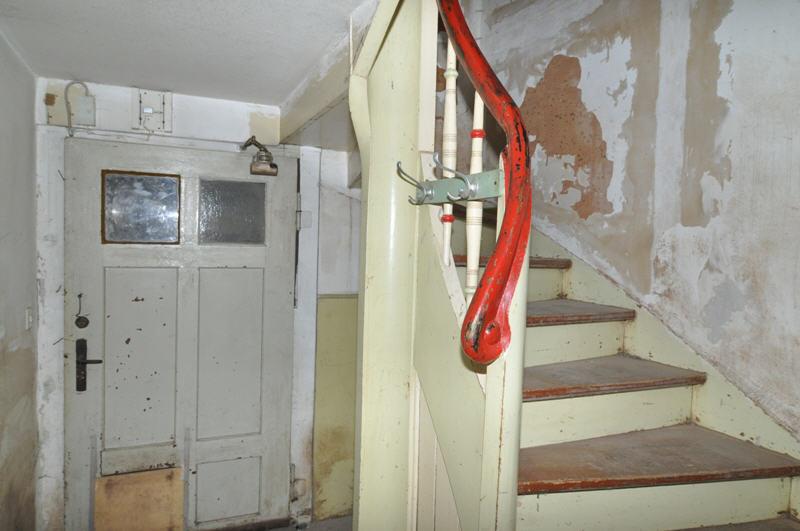 reserviert wohnhaus im dornr schenschlaf vr bank immobilien coburg. Black Bedroom Furniture Sets. Home Design Ideas